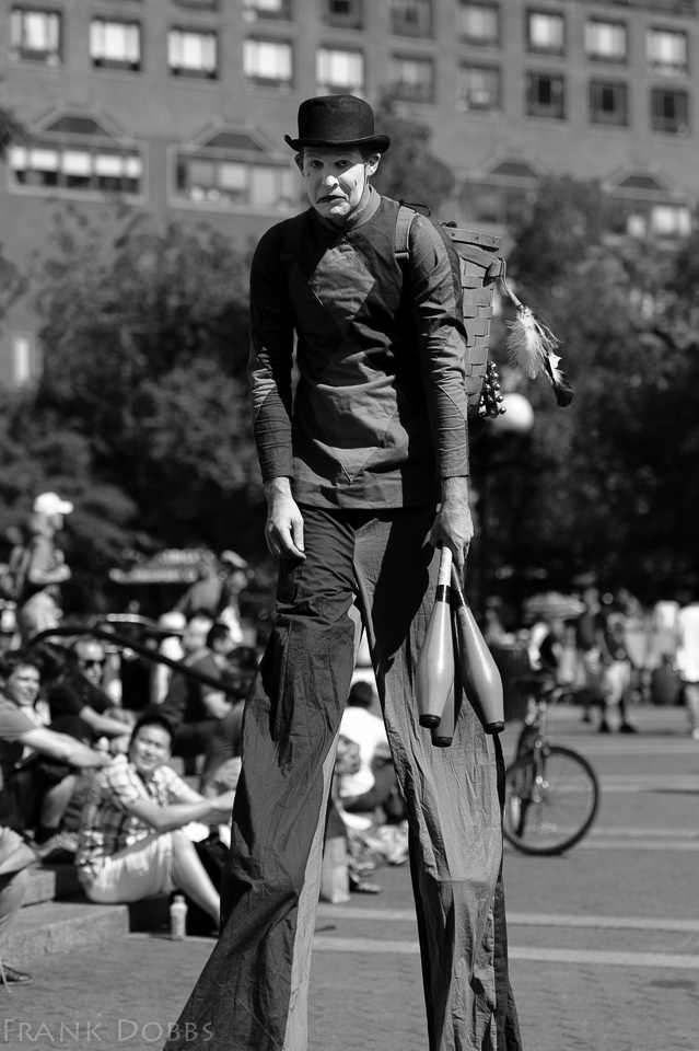 juggling on stilts051503