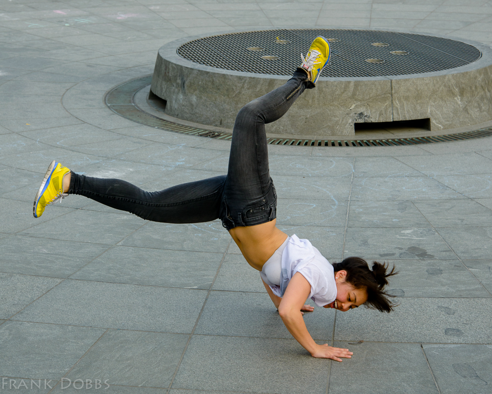 Break Dancer042401
