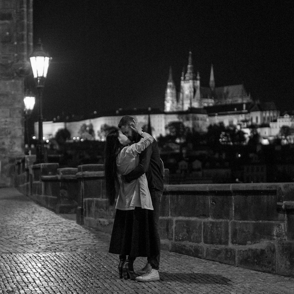 Fairy Tale Kiss in Prague -20140909 - 4148