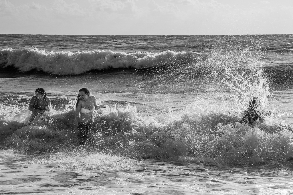 Fighting the Surf - Grand Cayman Island-0542